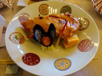 鉢肴「海老祝い焼き ムール貝黄金焼き 錦玉子 はじかみ」