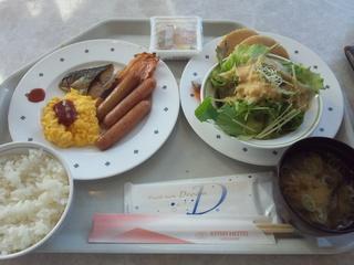 朝食バイキング1260円