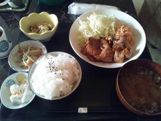 豚生姜焼き定食(800円)