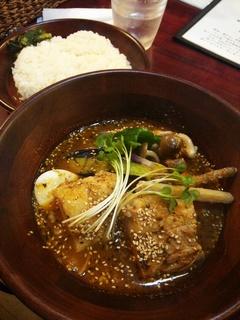 やわらか角煮と野菜たっぷりスープカレー(1,500円)