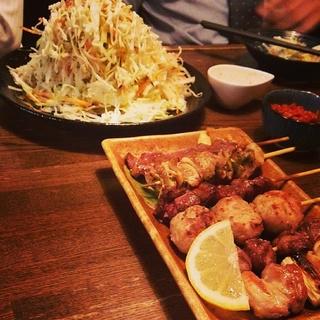 串とサラダ